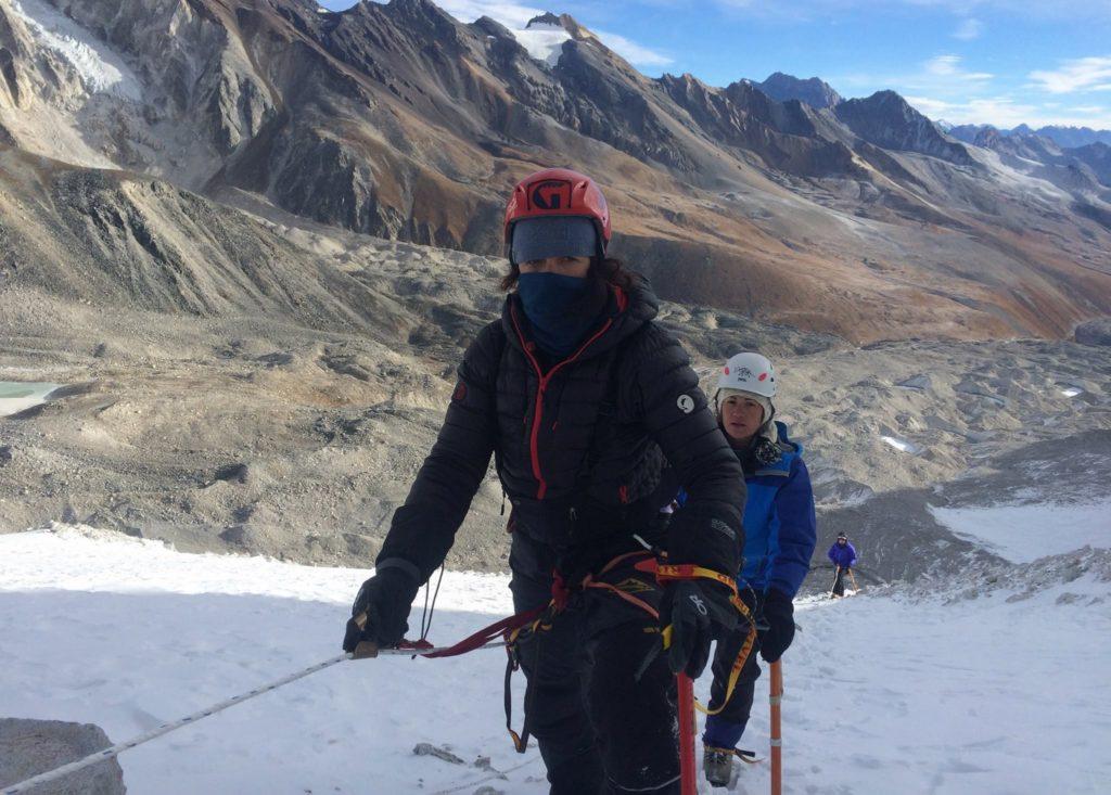 tori-hadley-climbing