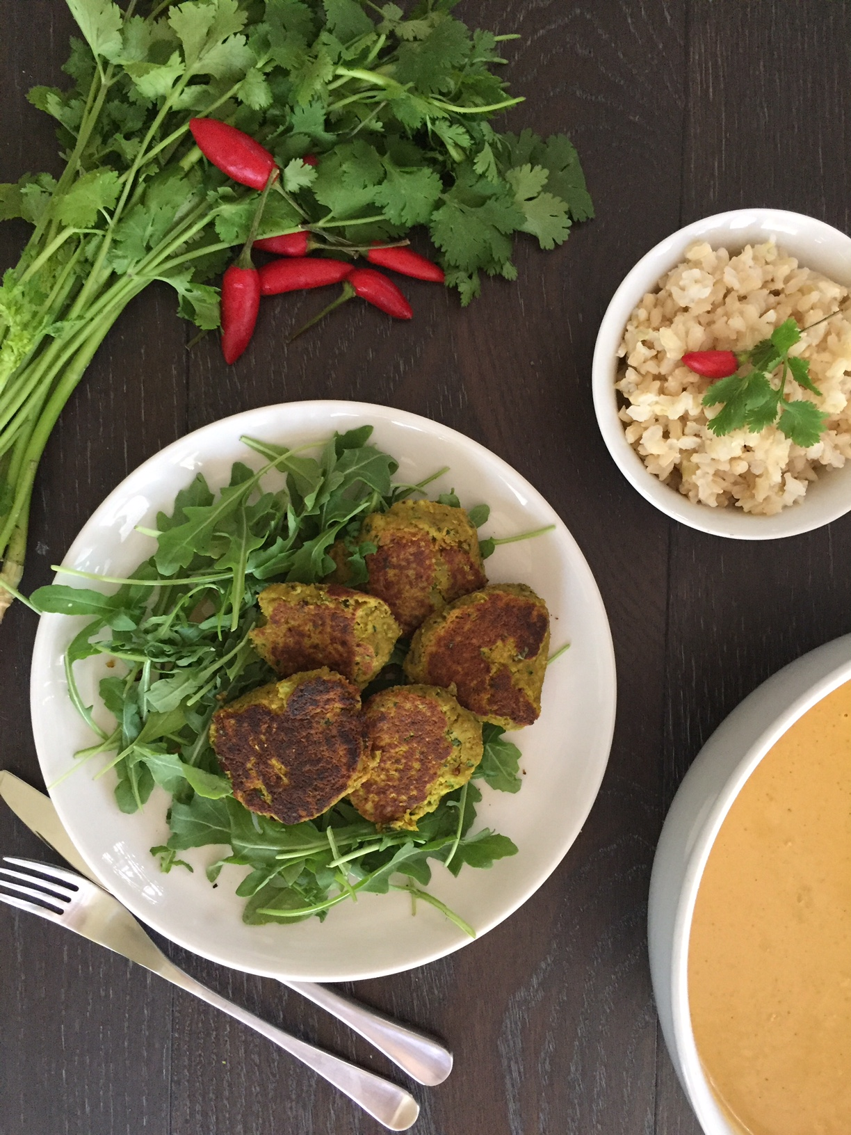 Thermomix Chilli-chickpea + Sunflower 'Meatballs' w. Golden Cashew Curry Sauce