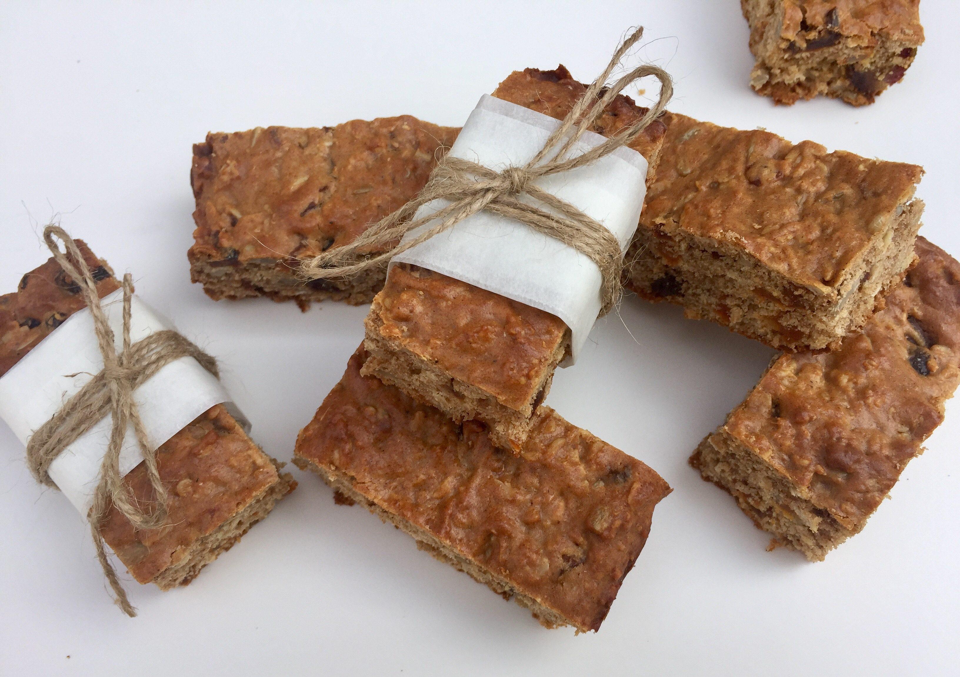Granola-spice bars